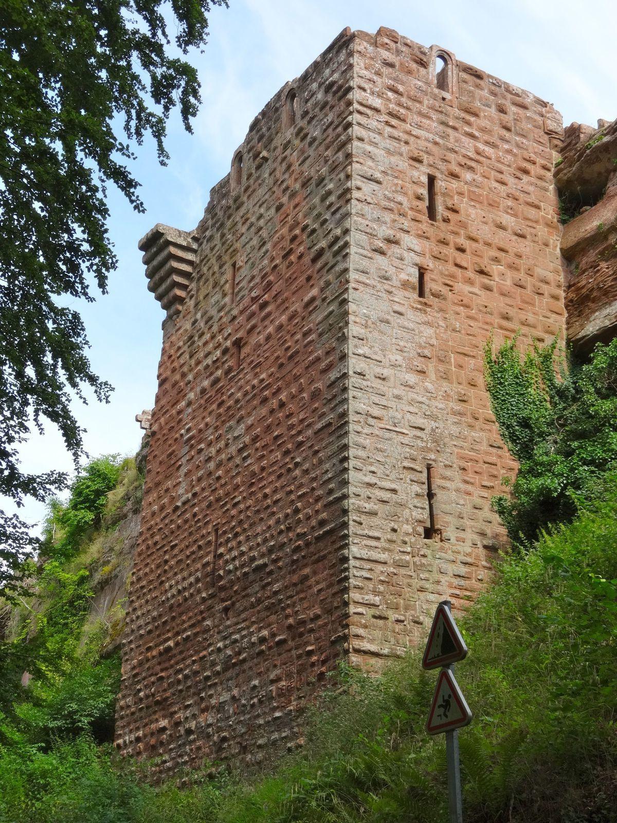 Découverte du beau château du Falkenstein.