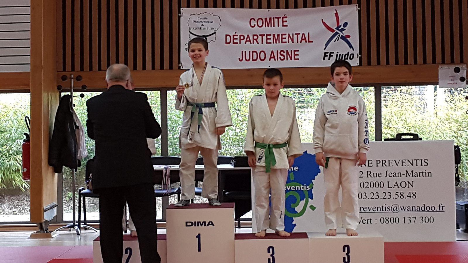 Championnat de l'Aisne benjamin(e)s à TERGNIER le 14/03/15