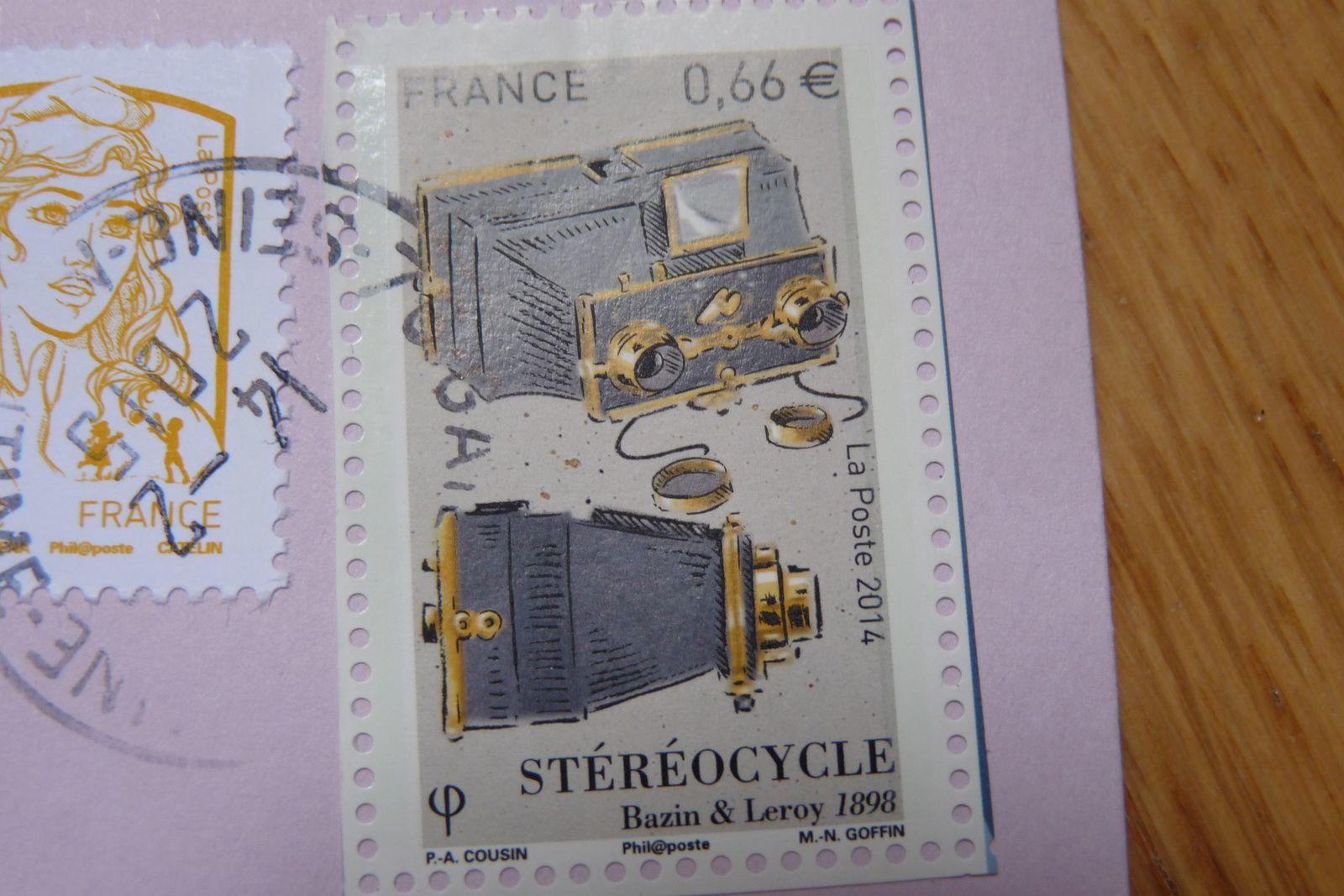 Lydie, je te dédies le timbre cagouille! Avoue qu'il est chouette!