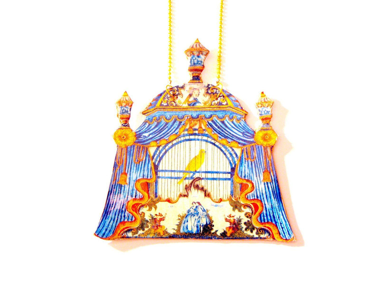 """Mon sautoir """"Le serin de la Reine"""" © Saucisseintrinseque (disponible en boutique)"""