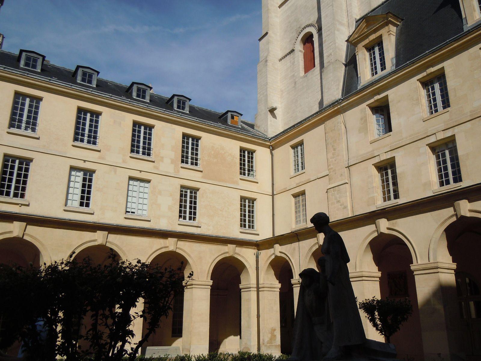 Lycée Henri IV, Paris.