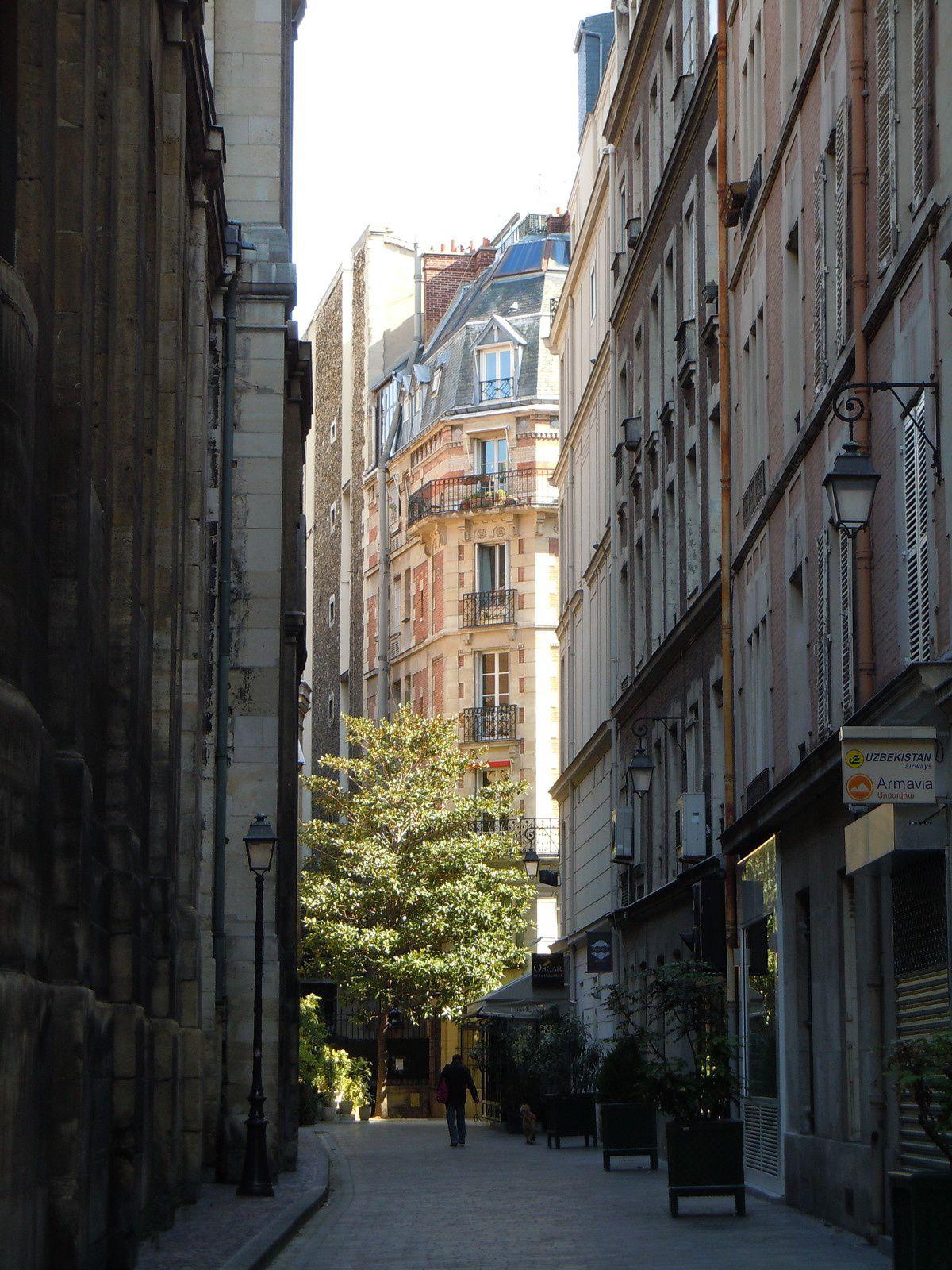 Photo : Passage Saint Roch, Paris.
