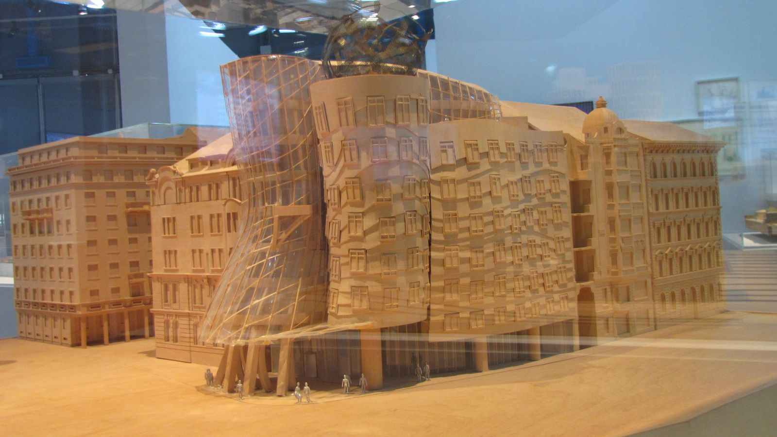 Exposition Frank Gehry à Beaubourg