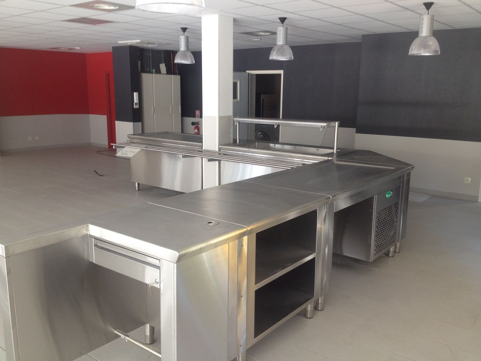 Realisation 2014 self hullo froid specialiste cuisine et for Installateur cuisine professionnelle