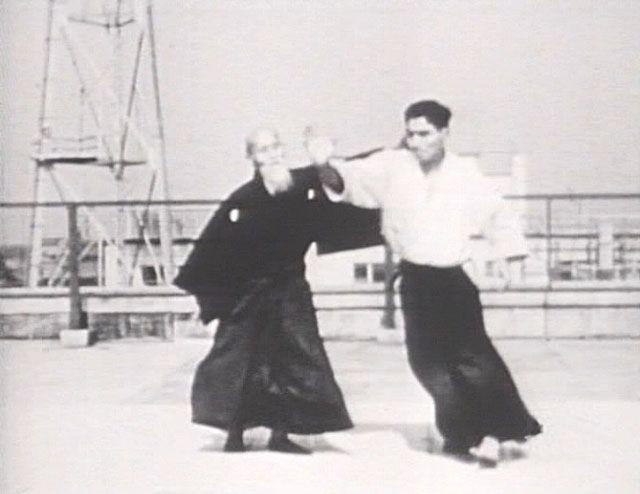 Hiroshi Tada et O senseï lors d'une démonstration