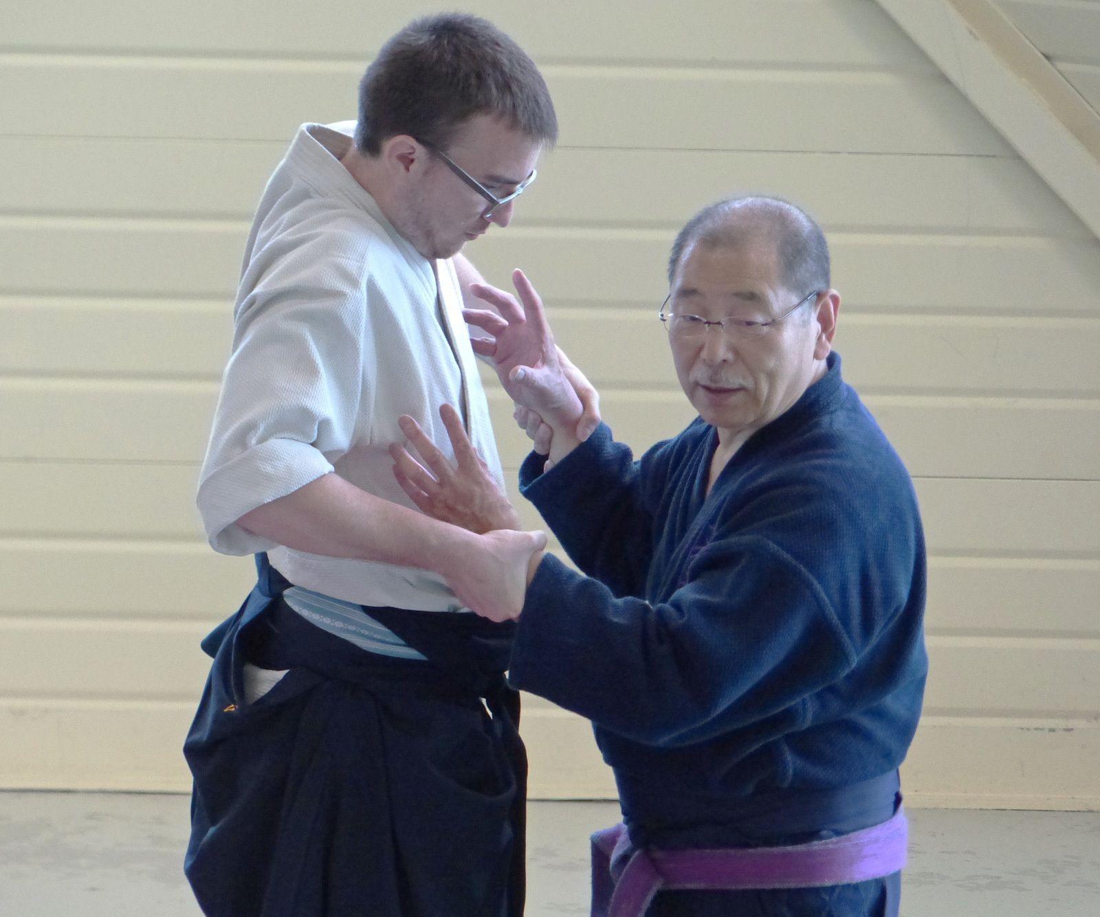 Yasuhiro Irie lors d'un exercice avec Guillaume Roux (auteur : Aïki-kohaï)
