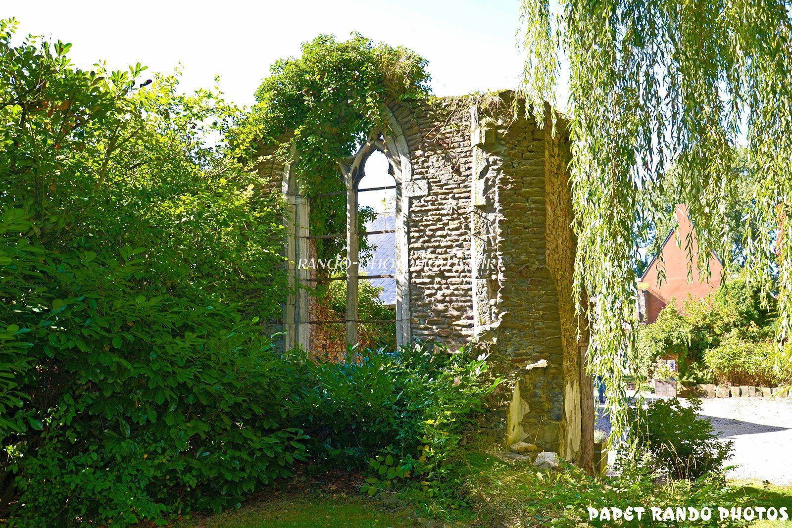 Abbaye de Soleilmont ( dans le Bois derriere chez moi )