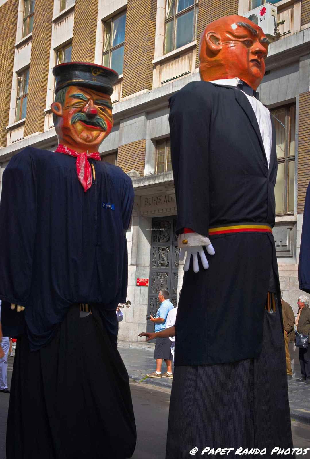 Dans le cadre des 350 ans de Charleroi (ma Ville ne a Charleroi le 3 septembre même jour que  Charleroi) les 60 ans de Mariage de nos Géants ( avec la participations de Géants de Ath, Mons, Bruxelles, etc etc ) VIVE LA WALLONIE