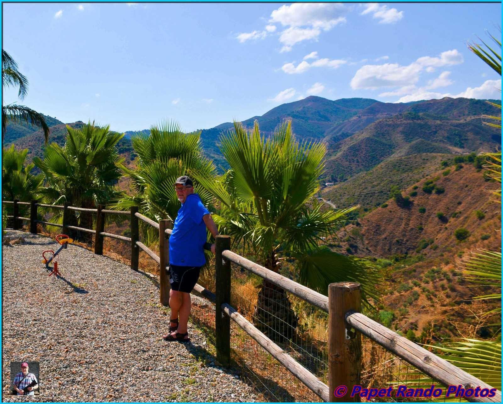 4 jours en montagne,  4 km de Monda ( 4 km de chemins de terre au denivelé important, )dans une nature intacte, avec des paysages d'ouf, personne au alentour, rien que des cigales, des lezards, des rapaces, juste un peu de luxe une petite piscine car chaud chaud