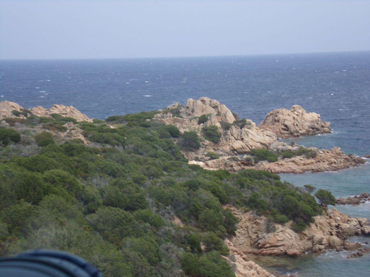 L'escalier de la forteresse, le point de vue, trois photos prises pendant le tour de l'île
