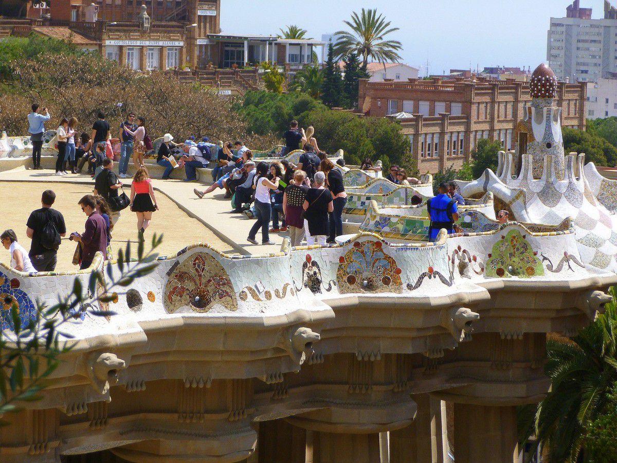 Quelques instantanés de la zone monumentale du parc Güell (avril 2015, images personnelles)