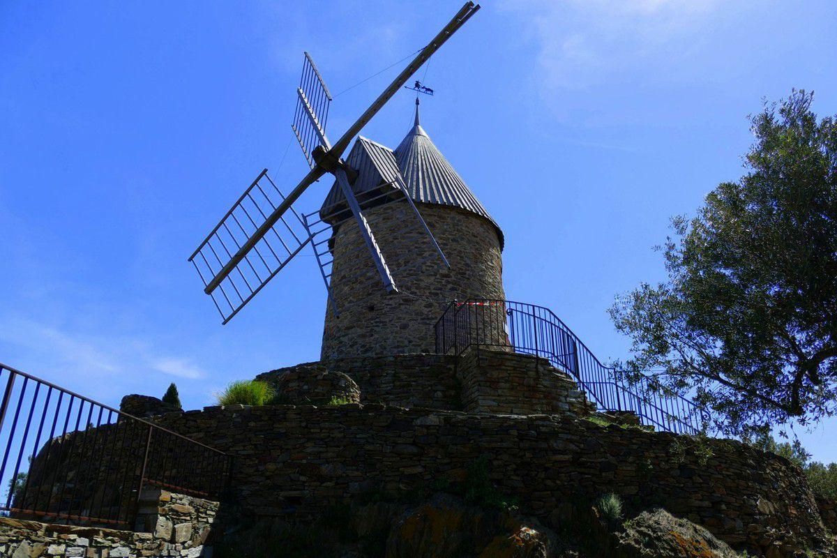 Quelques instantanés du Moulin à vent de Collioure (juin 2016, images personnelles)