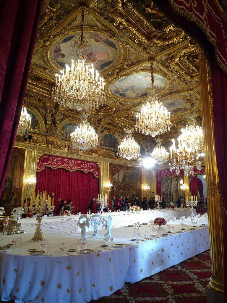 La salles des fêtes, la pièce la plus impressionnante de l'Elysée ( septembre 2012, images personnelles)
