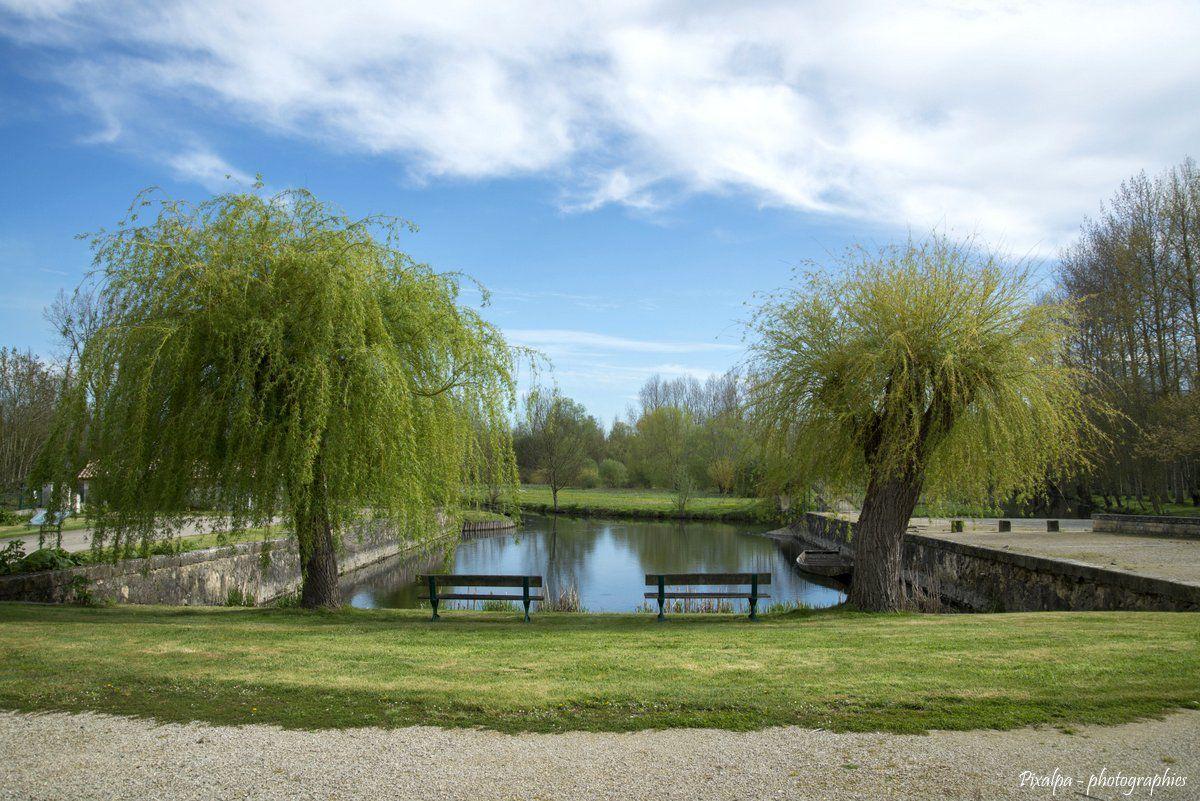 Niort et le Marais Poitevin - Avril 2016 .....