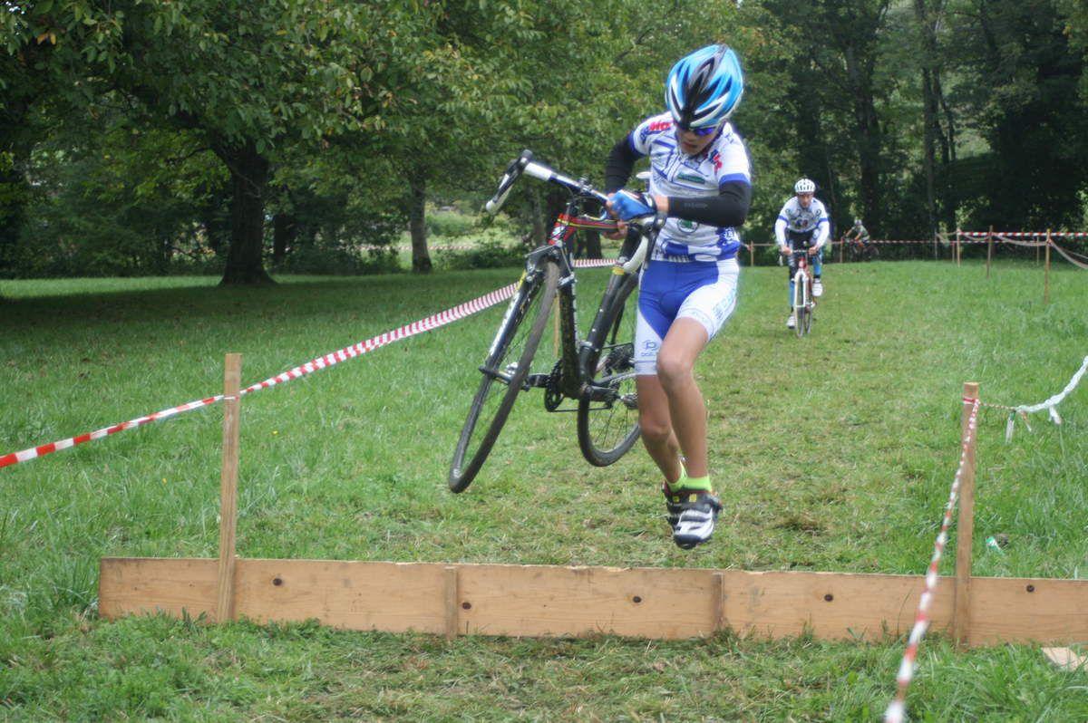Cyclo-cross de Saint Jean le vieux
