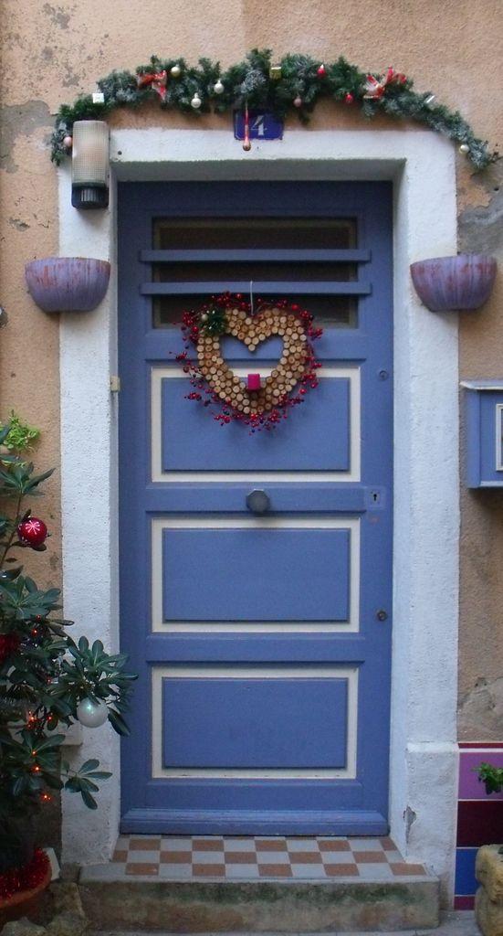 Une porte accueillante dans le centre ancien de ma ville