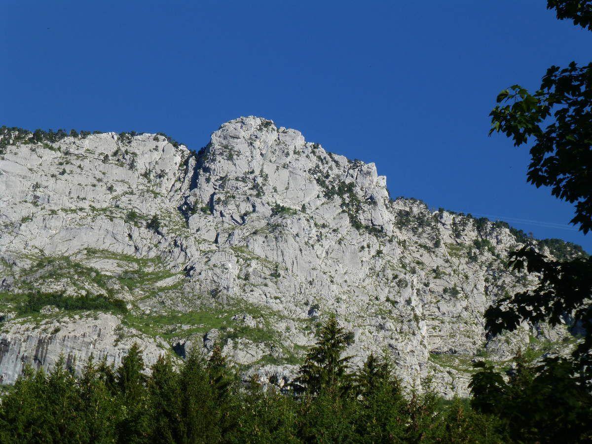 Pointe centrale du Sapey - Délit de fuite