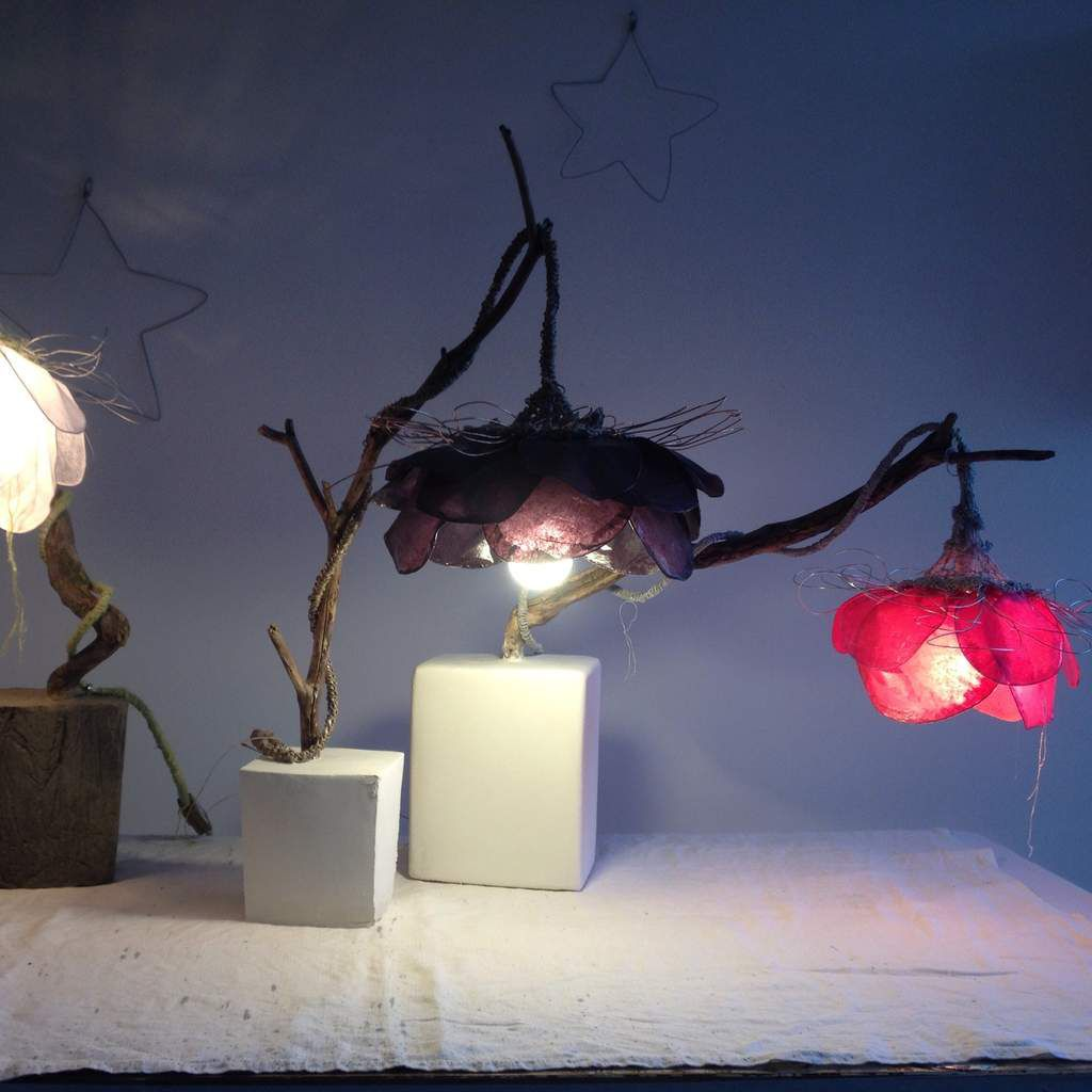Lampes fleurs lumineuses Upcyclées