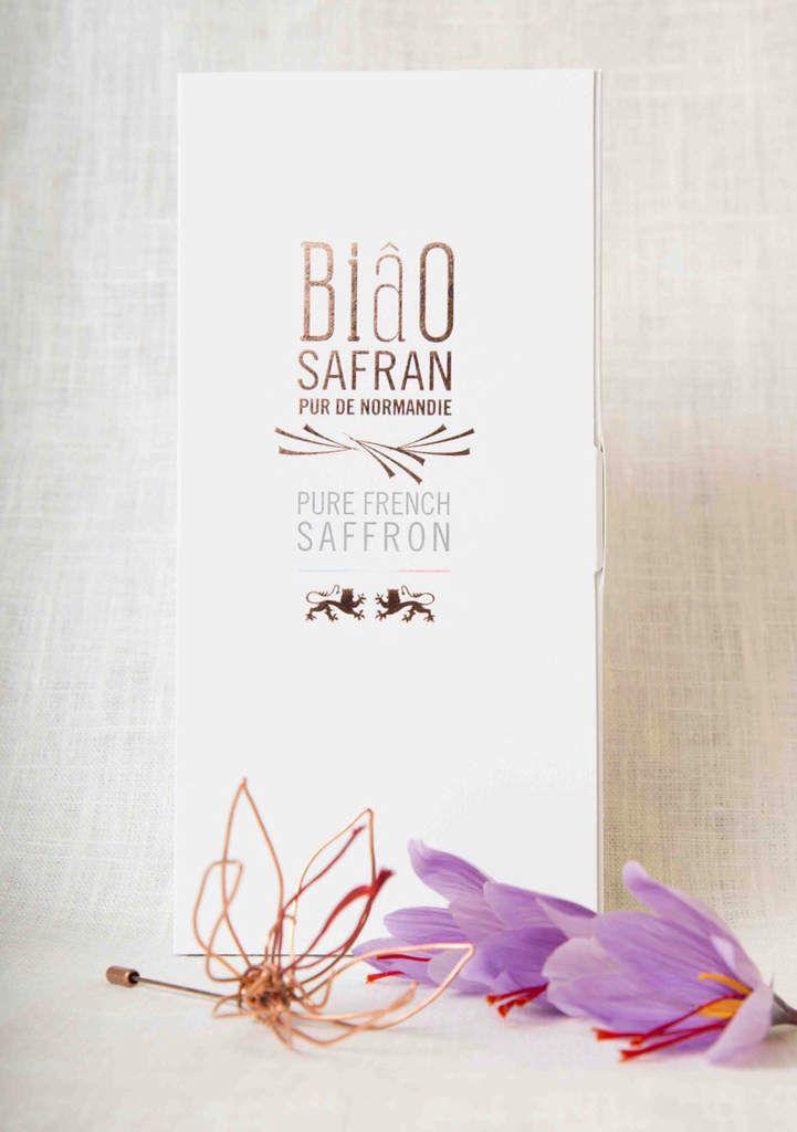 Broche Fleur de Safran créé pour Biâosafran Domaine de Gauville