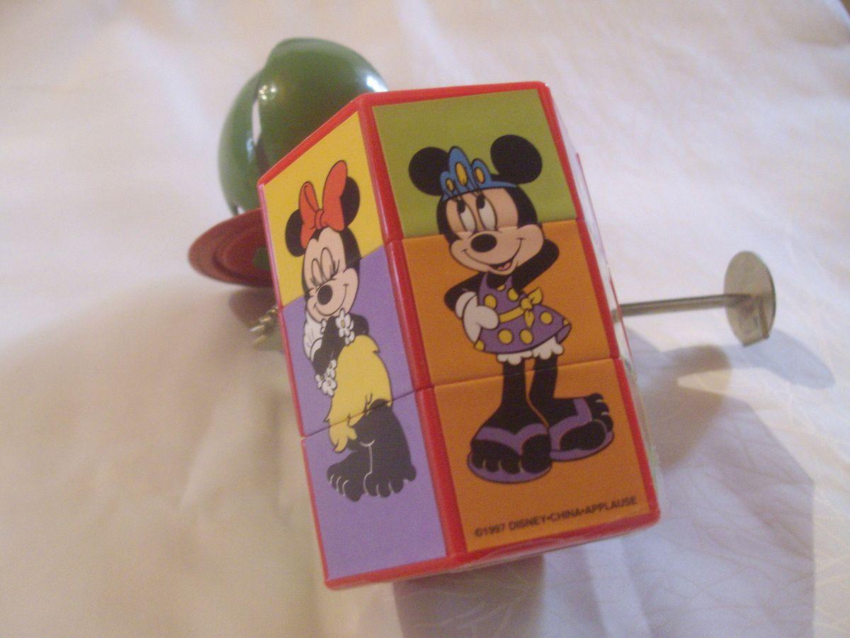 Minnie jeu trois faces flip flap