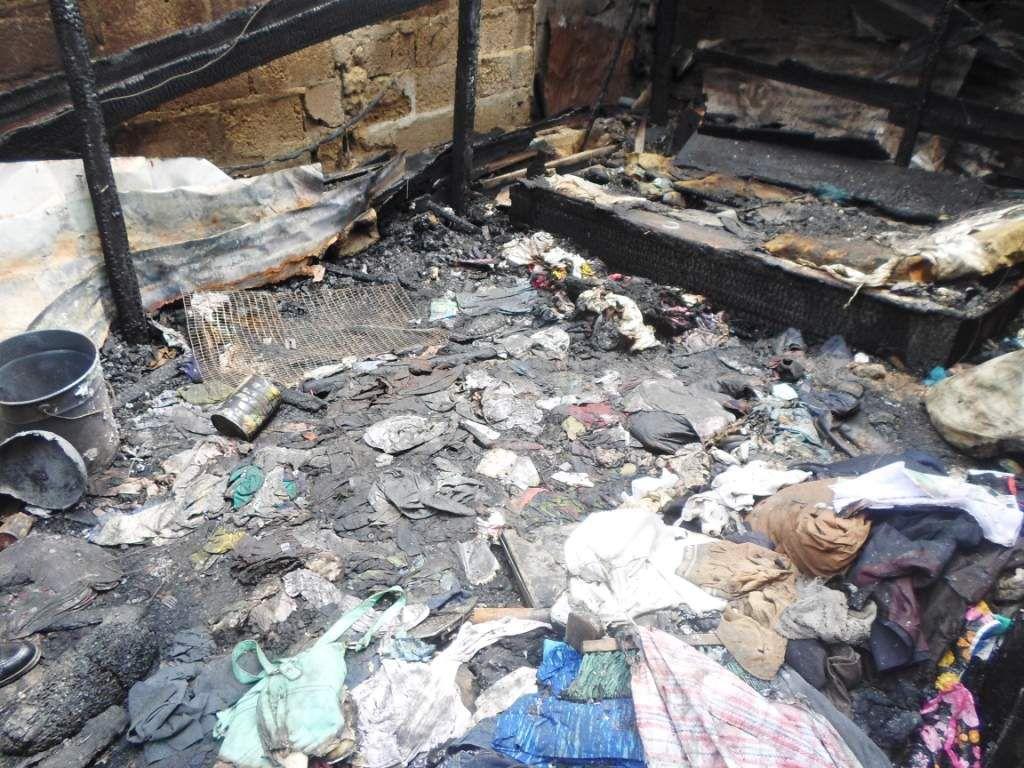 photos  de la maison brulée