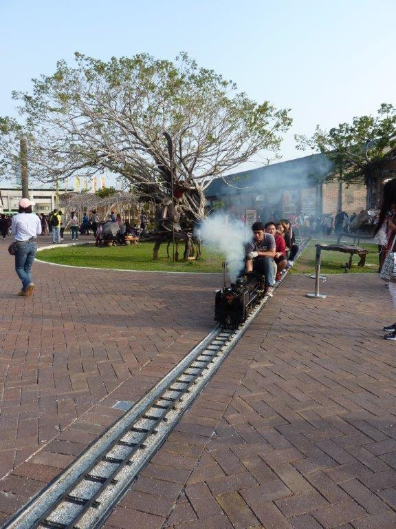 fumée nauséabonde bien polluante! personne n'avait l'air de craindre!!!