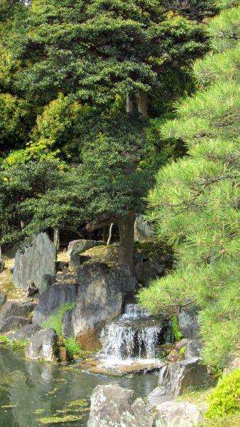 Le jardin de pierres du Ninomaru.