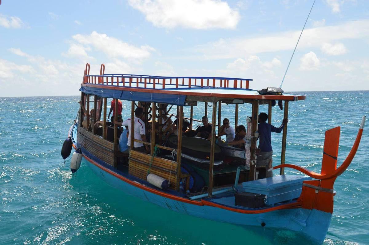 Dhoni&#x3B; bateau en bois de cocotier des Maldives