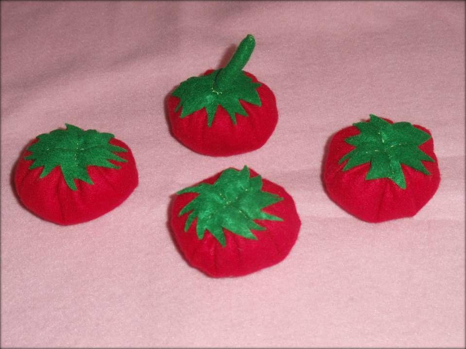 Tomates en feutrine