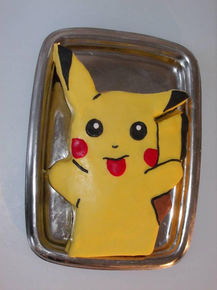Tuto gâteau Pikachu en pâte à sucre