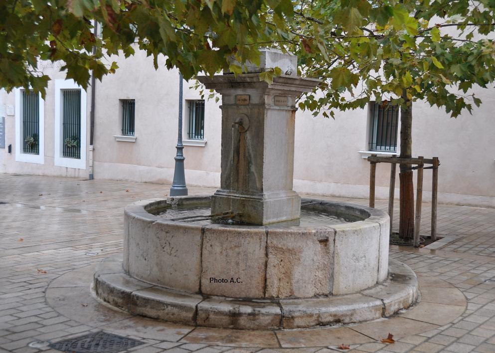 La fontaine du Septem, place Marius Trotobas