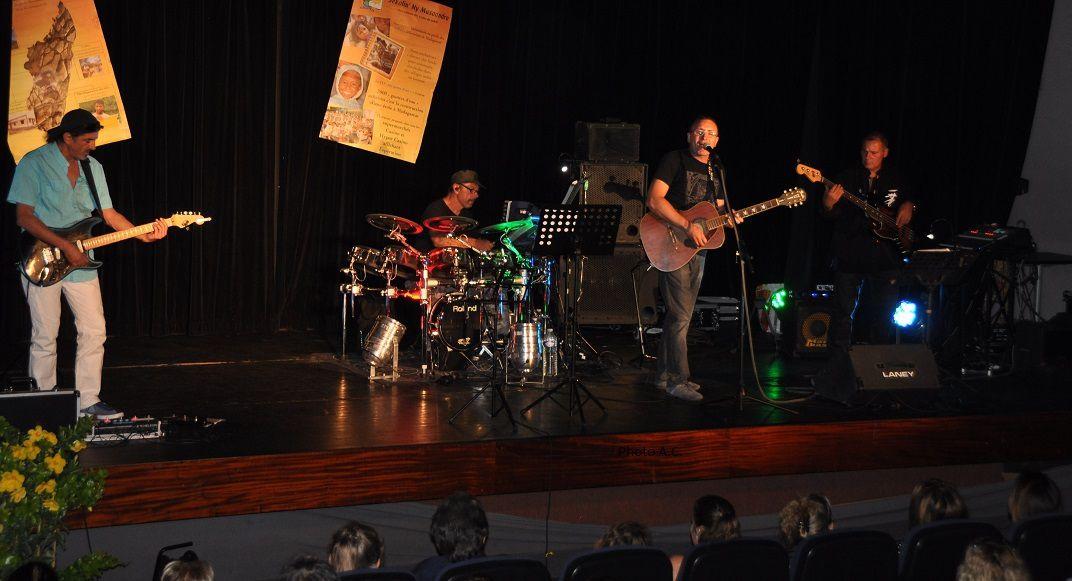 Le groupe Réservoir Rock a revisité les grands succès du rock