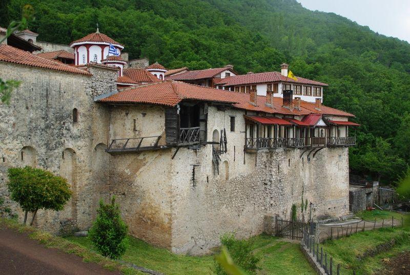 eglise de santa panagia et monastere de Vissarion