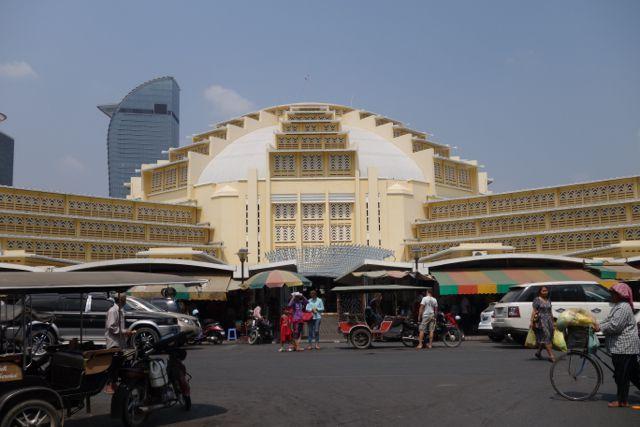 Phnom Penh, toujours  un sentiment de renouveau