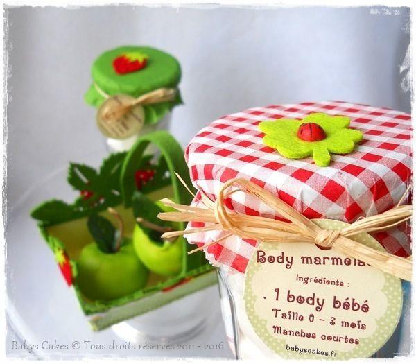 Panier duo fraise cadeau de naissance jumeaux