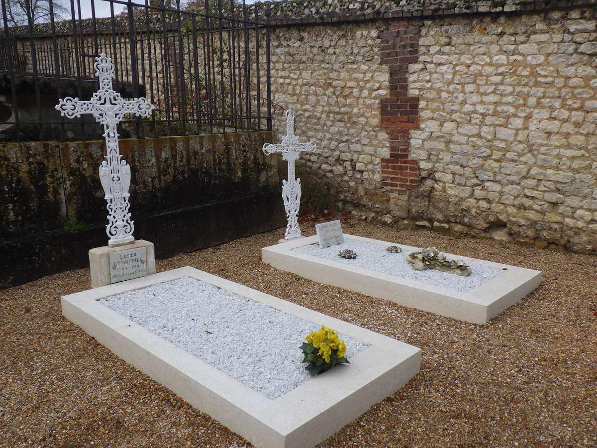 La rénovation des tombes des Poilus d'Hautot sur Seine
