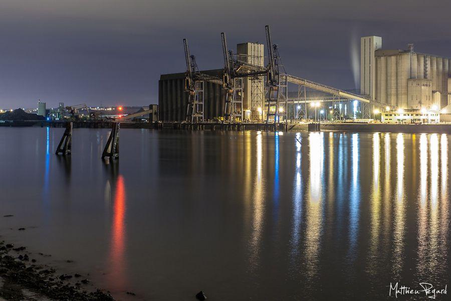 Les silos de l'Île des Oiseaux d'Hautot sur Seine