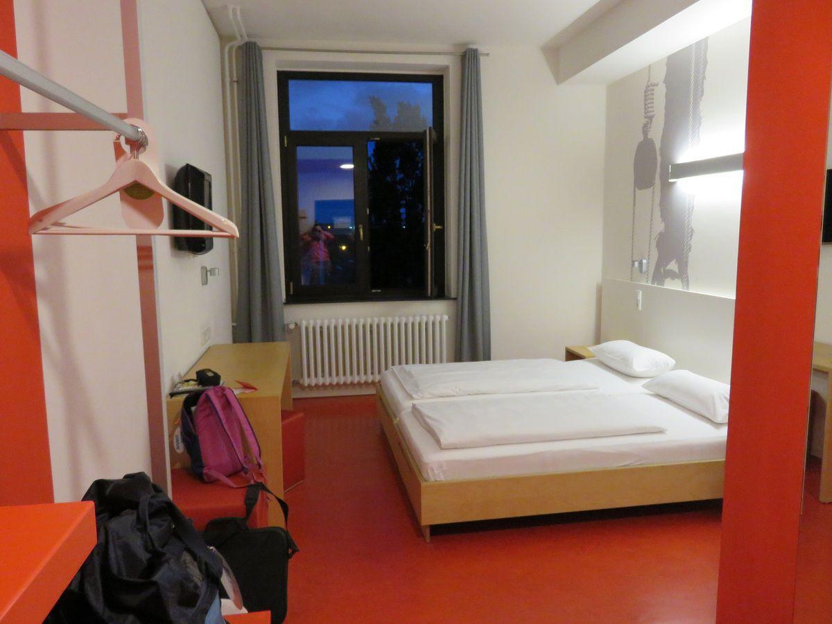 Pension les Volets bleus, énergie verte, point de rencontre à Bremerhaven, le port, Klimahaus, notre chambre au Havenhostel