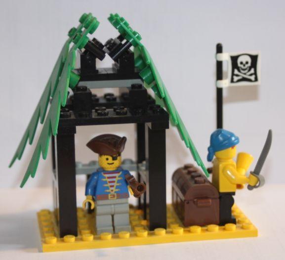 6258 - La cabane du contrebandier / Smuggler's Shanty