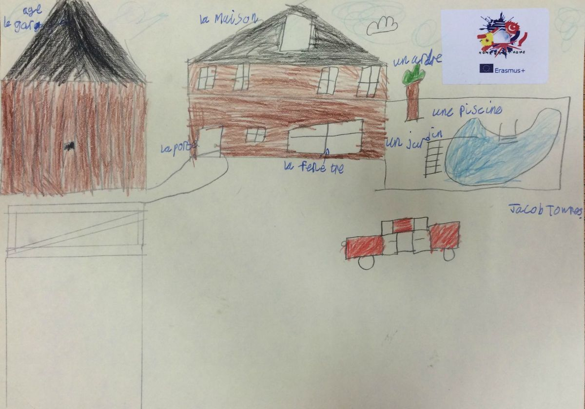 Year 4 drew and labelled their houses in French.