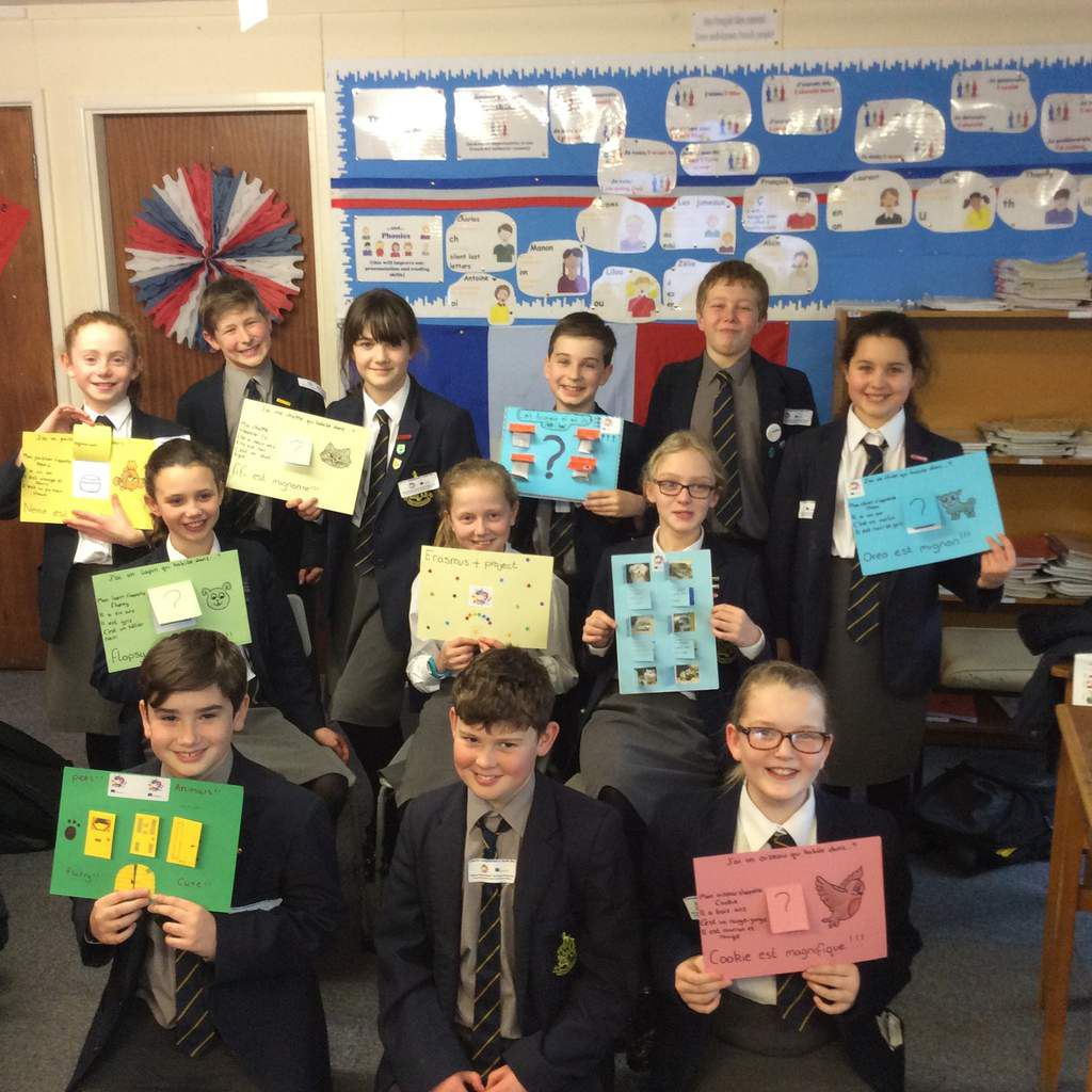 While learning about animals in French, J6 (10 and 11 year olds) took part in an Erasmus Plus task. They created interactive posters or Powerpoint presentations and did a really fantastic job. Bravo!