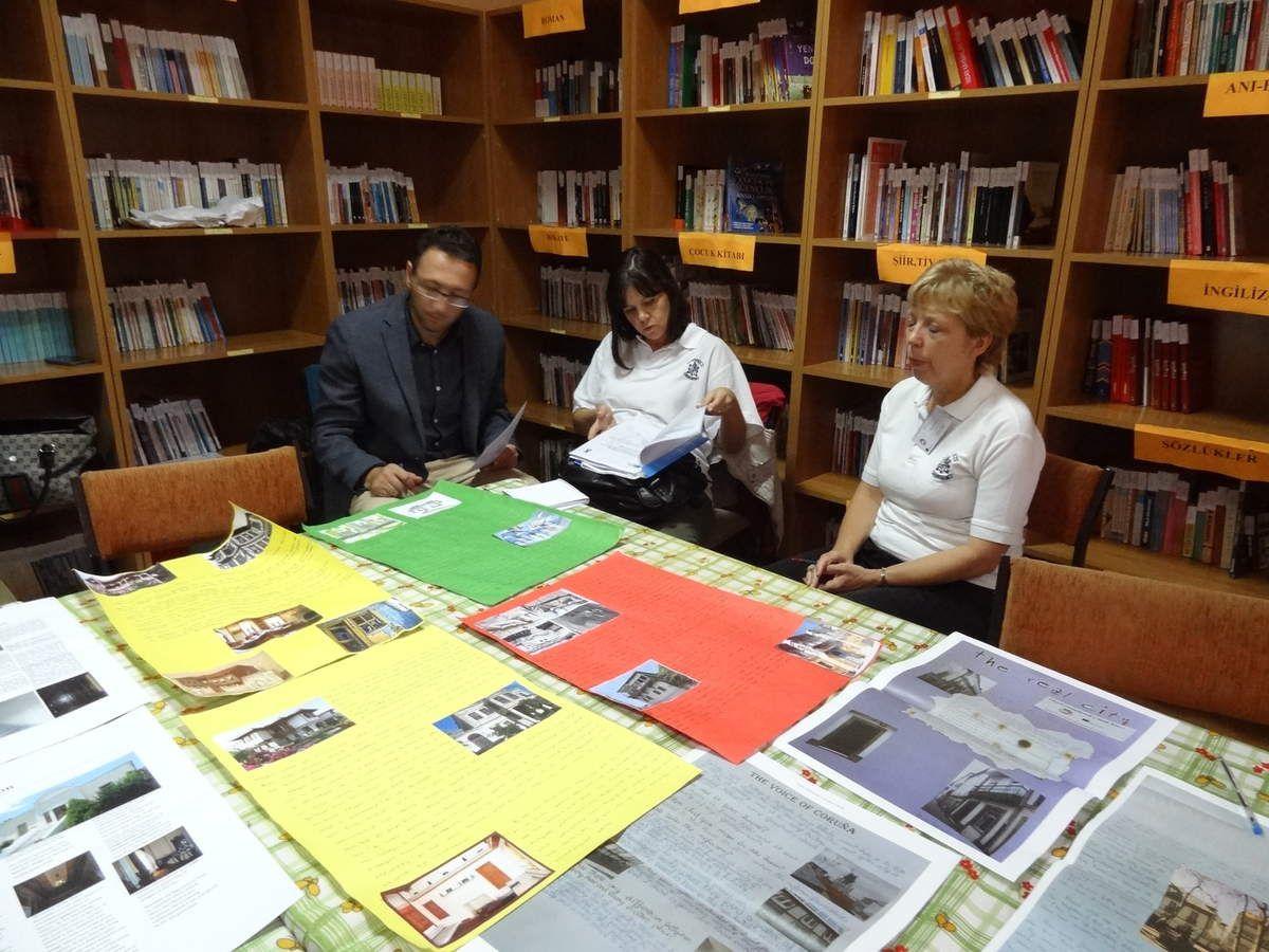 Judging the newspaper articles at Yusufça school on October 8th 2015.