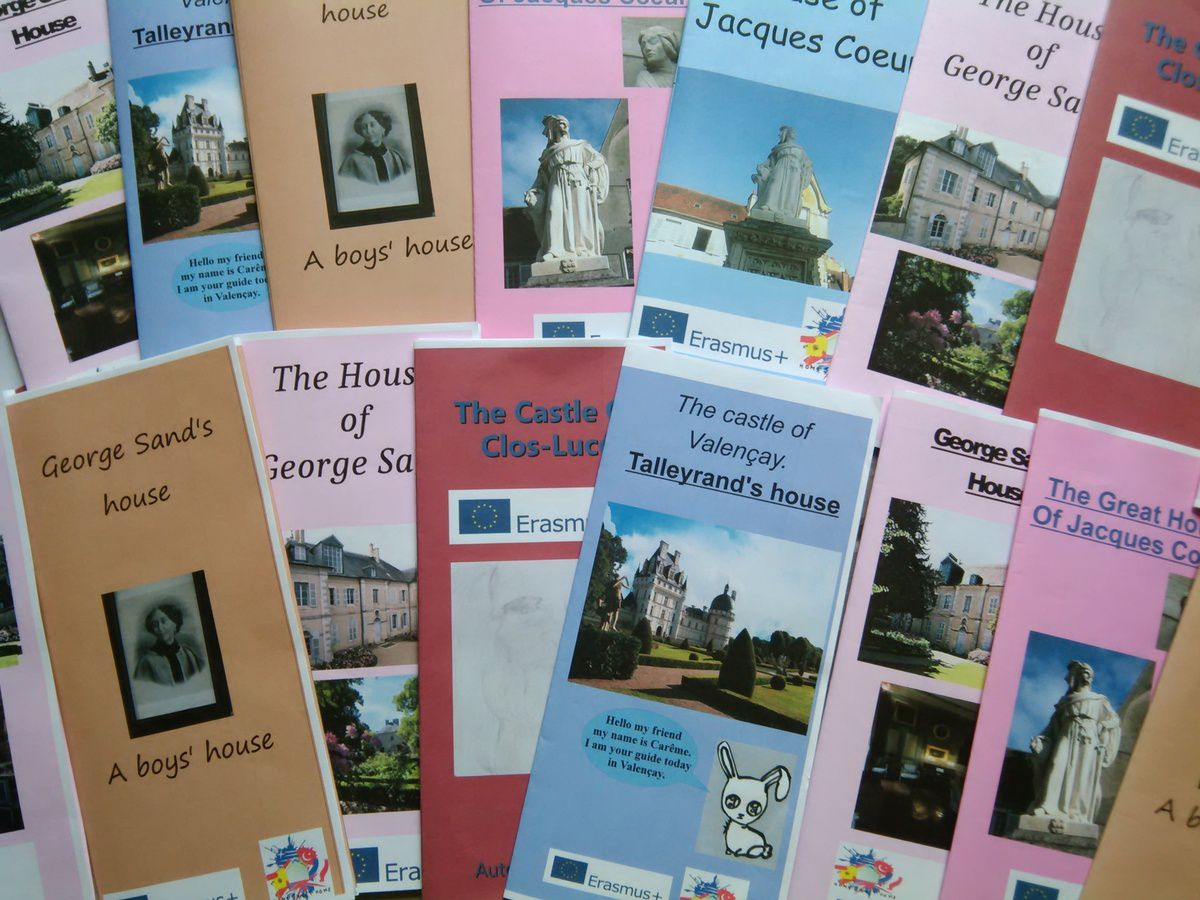 French students have completed their brochures for the competition in Greece!