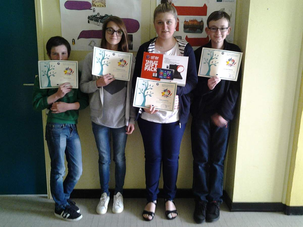 Pierre L., Andréa C., Juline F. and Tanneguy R. are so happy to have won the competition with their brochure about the castle of Valençay, house of Talleyrand.