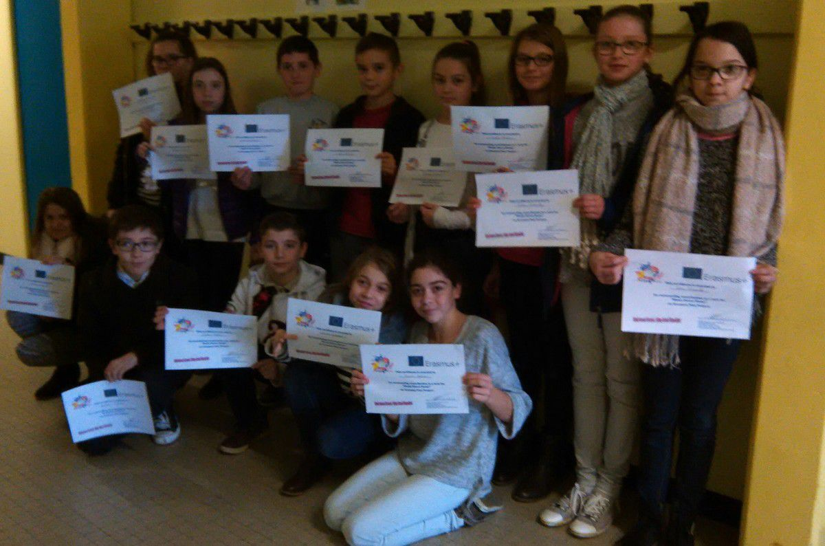 Calmette and Guérin students got their diplomas for the Erasmus+ competition