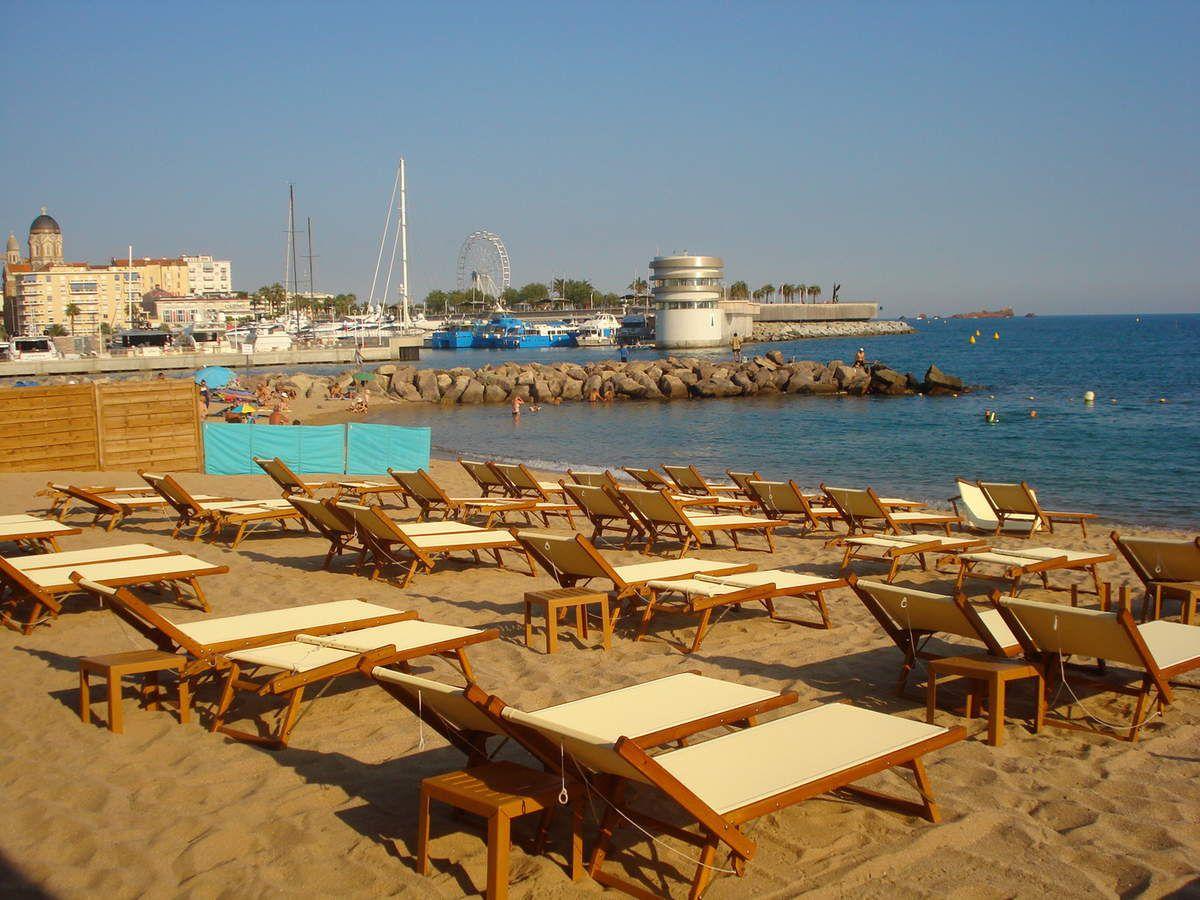 Un de nos endroits préférés, plage privée, restaurant.. où on me permet de baigner Iubi
