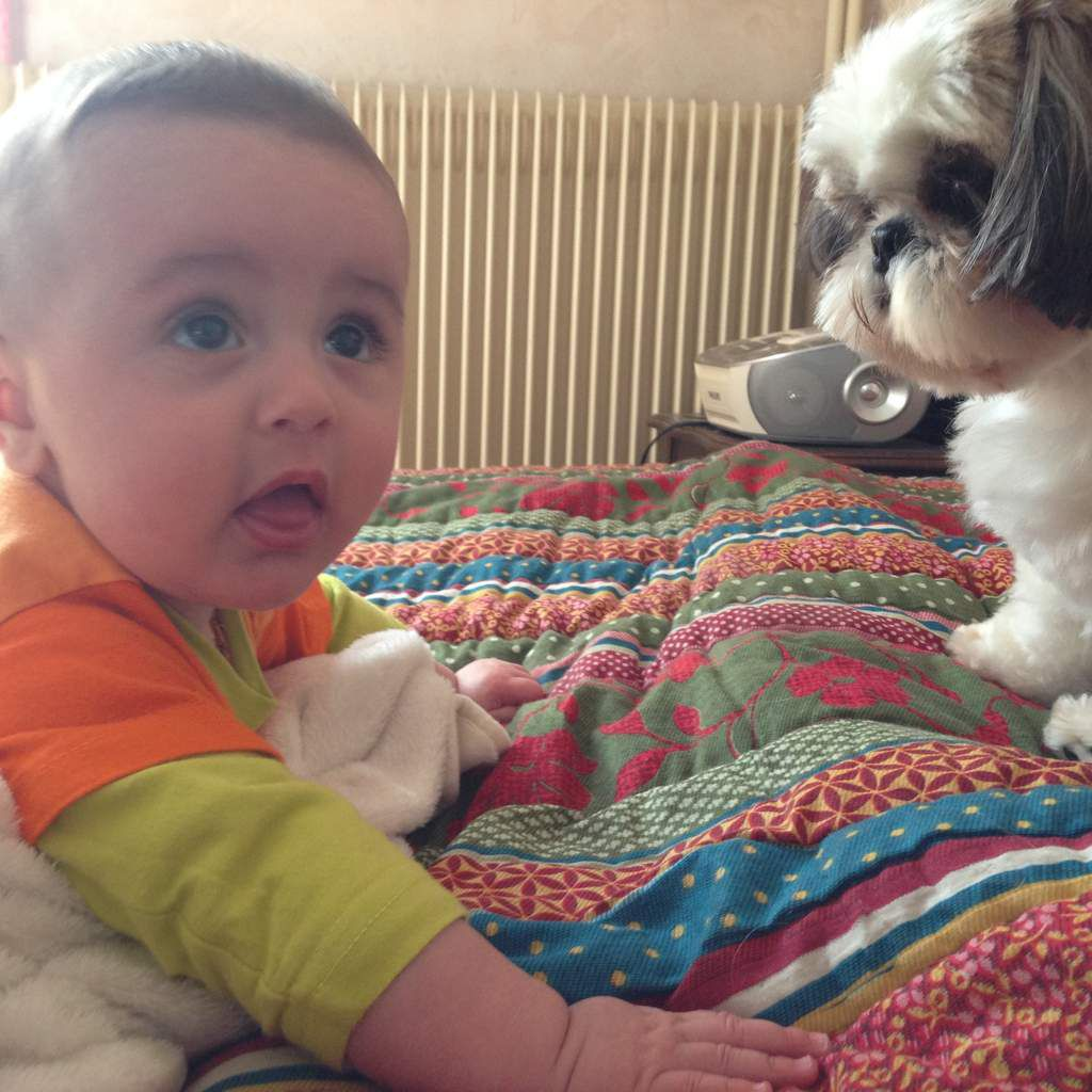 Tête à tête avec Hevy qui adore les bébés !