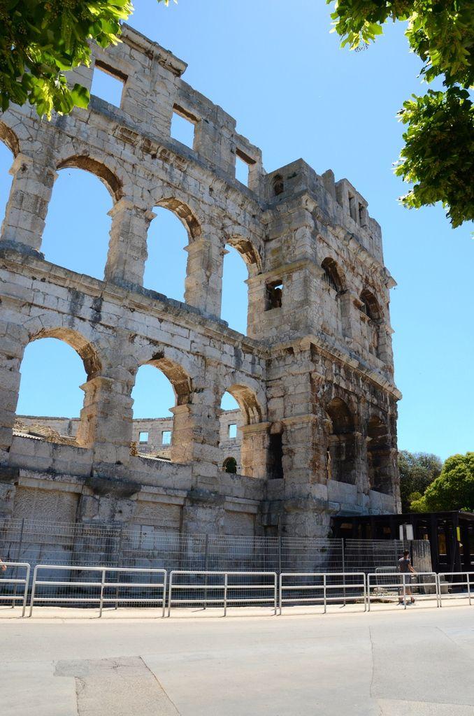 Croatie Pula Amphithéâtre romain