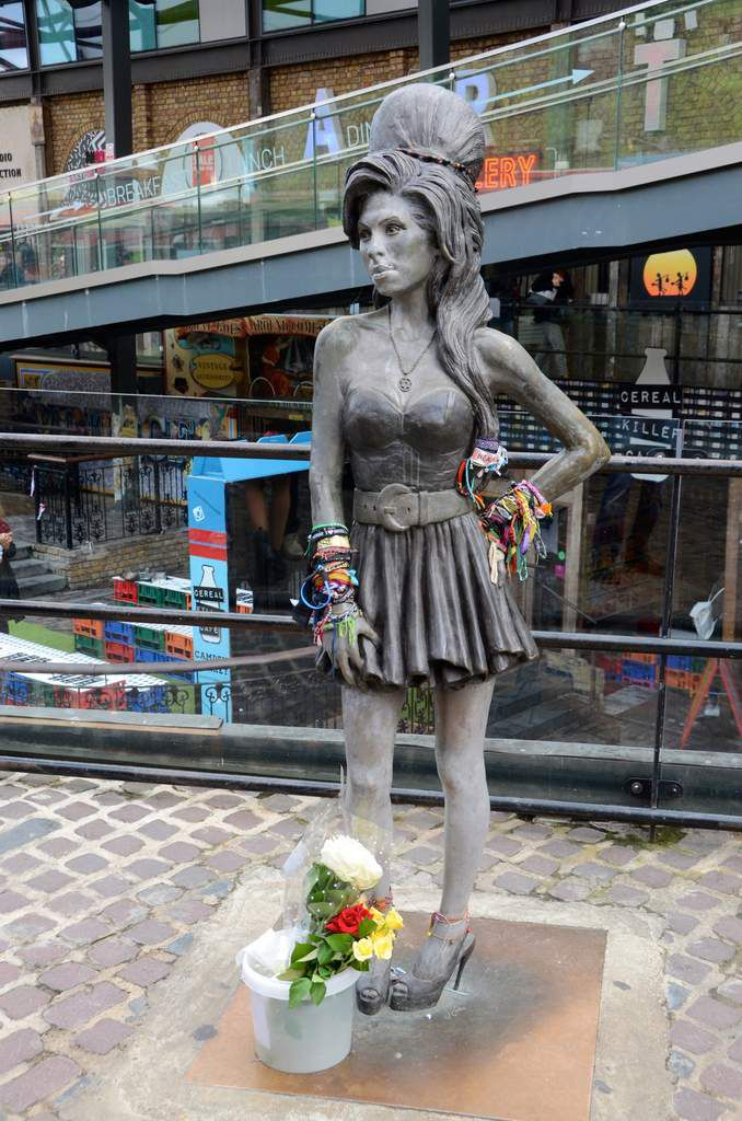 La Statue d'Amy Whinehouse