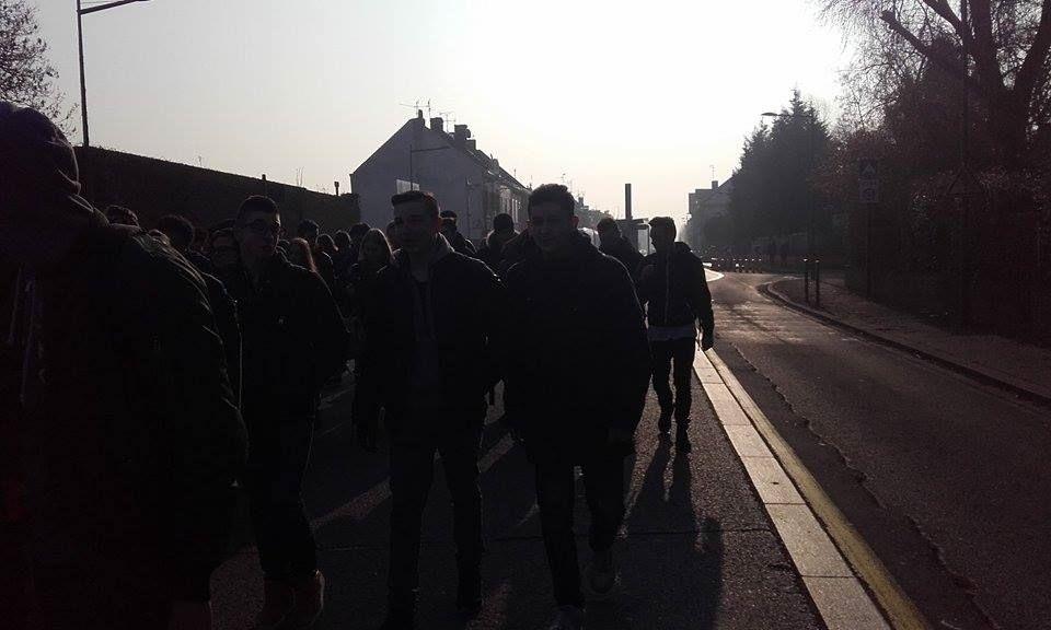 plus de 2000 manifestant ( avec la présence des Goodyear )